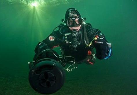 gopro dive mask scuba diver