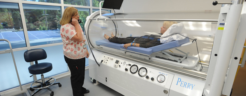 decompression sickness treatment hyperbaric chamber